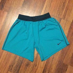 Nike Fly Knit Training Shorts